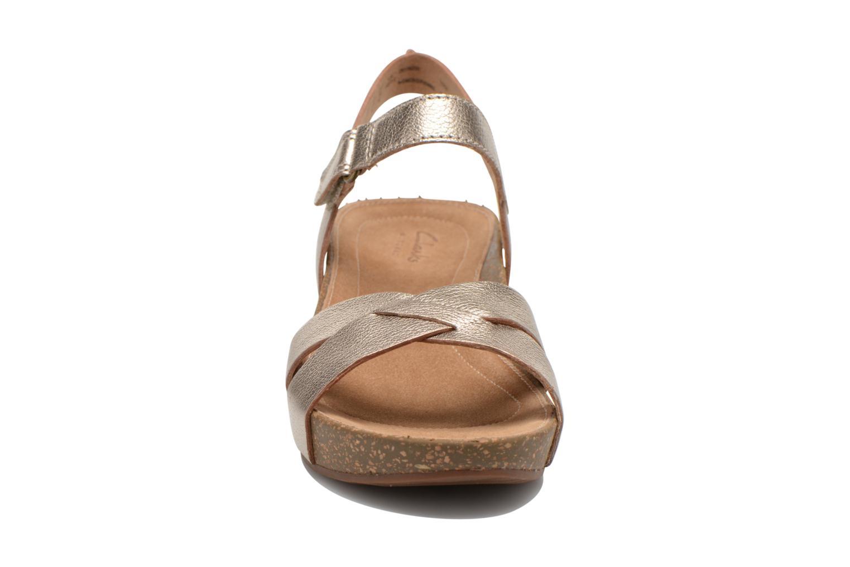 Sandalen Clarks Temira Compass gold/bronze schuhe getragen