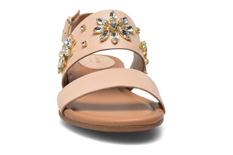 Sandals Clarks Viveca Melrose Pink model view