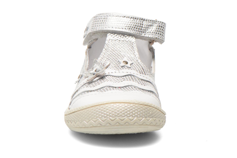 Skor med kardborrband Bopy Balina Vit bild av skorna på