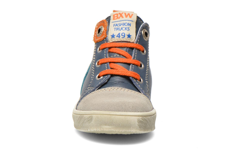 Sneaker Bopy Bamibie blau schuhe getragen