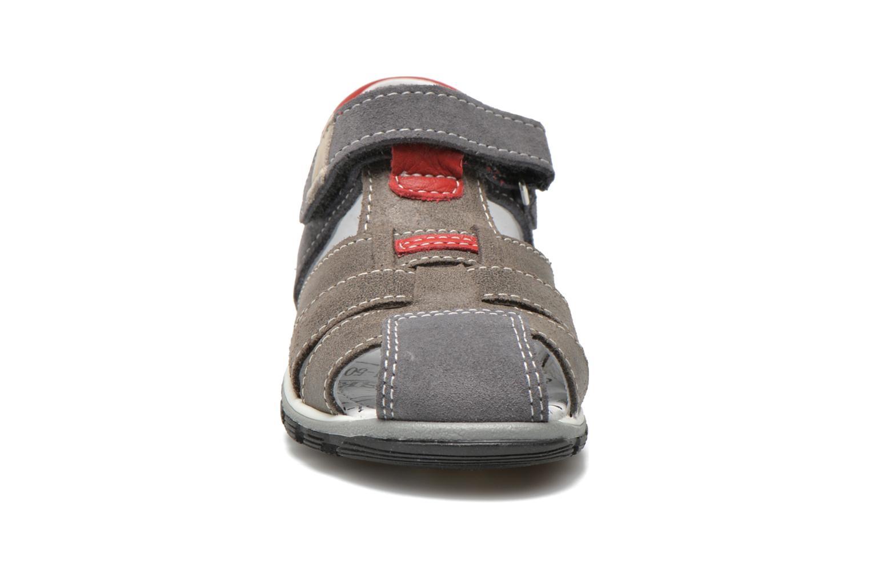 Sandales et nu-pieds Bopy Bugati Gris vue portées chaussures