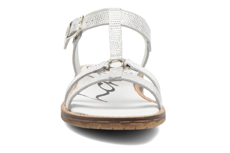 Sandalen Bopy Elea silber schuhe getragen