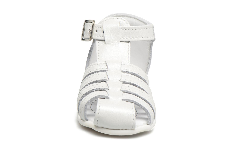 Sandales et nu-pieds Bopy Paula Blanc vue portées chaussures