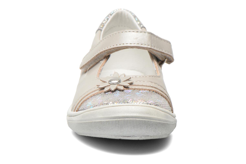 Ballerines Bopy Salvy Gris vue portées chaussures