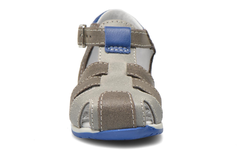 Sandales et nu-pieds Bopy Zephiro Gris vue portées chaussures