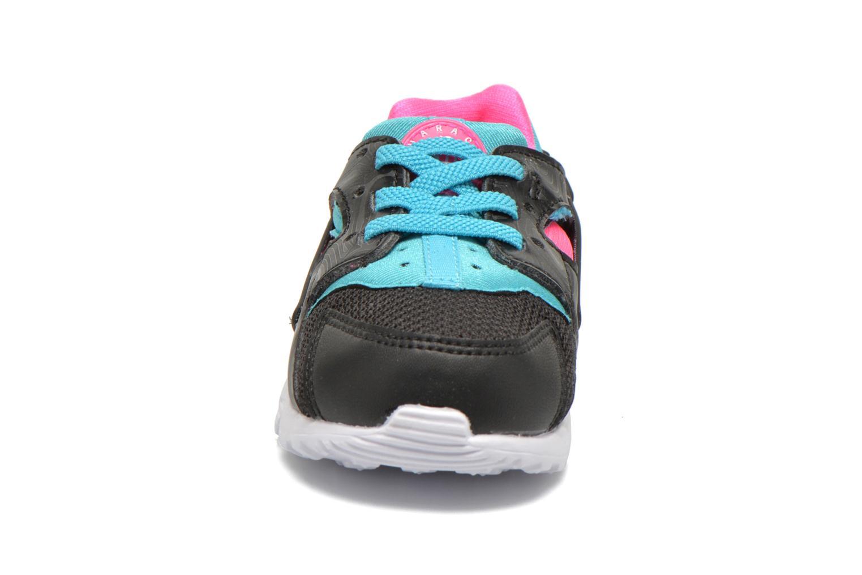 Baskets Nike Nike Huarache Run (Td) Noir vue portées chaussures
