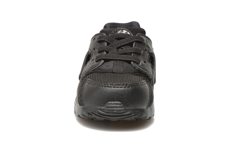 Sneakers Nike Nike Huarache Run (Td) Nero modello indossato