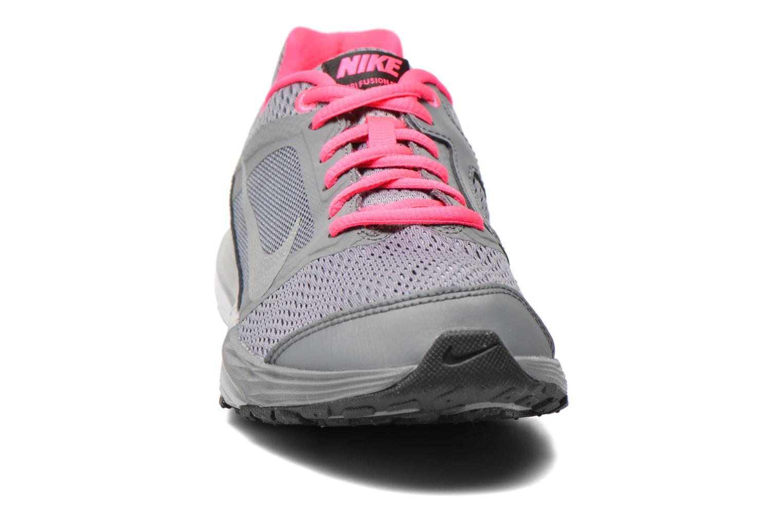 Baskets Nike Tri Fusion Run (Gs) Gris vue portées chaussures