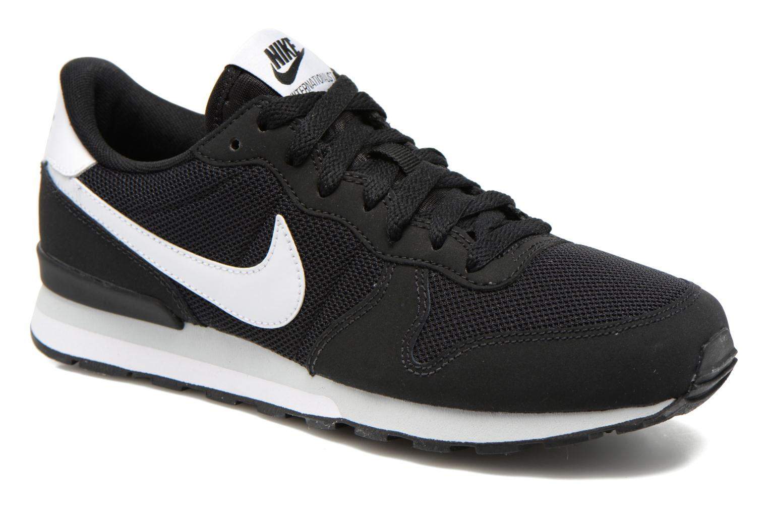 Trainers Nike Internationalist (Gs) Black detailed view/ Pair view