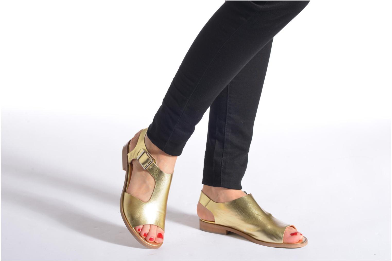 Sandalen Made by SARENZA Menthe Hello #13 gold/bronze ansicht von unten / tasche getragen