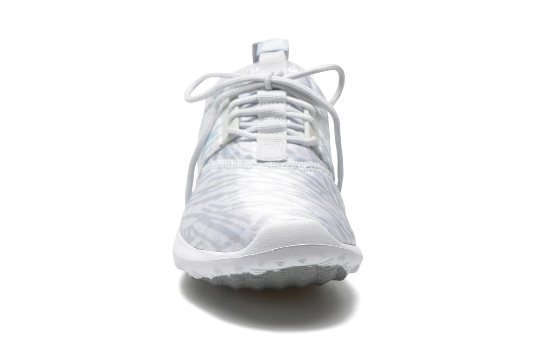 Sneaker Nike Wmns Nike Juvenate Print grau schuhe getragen