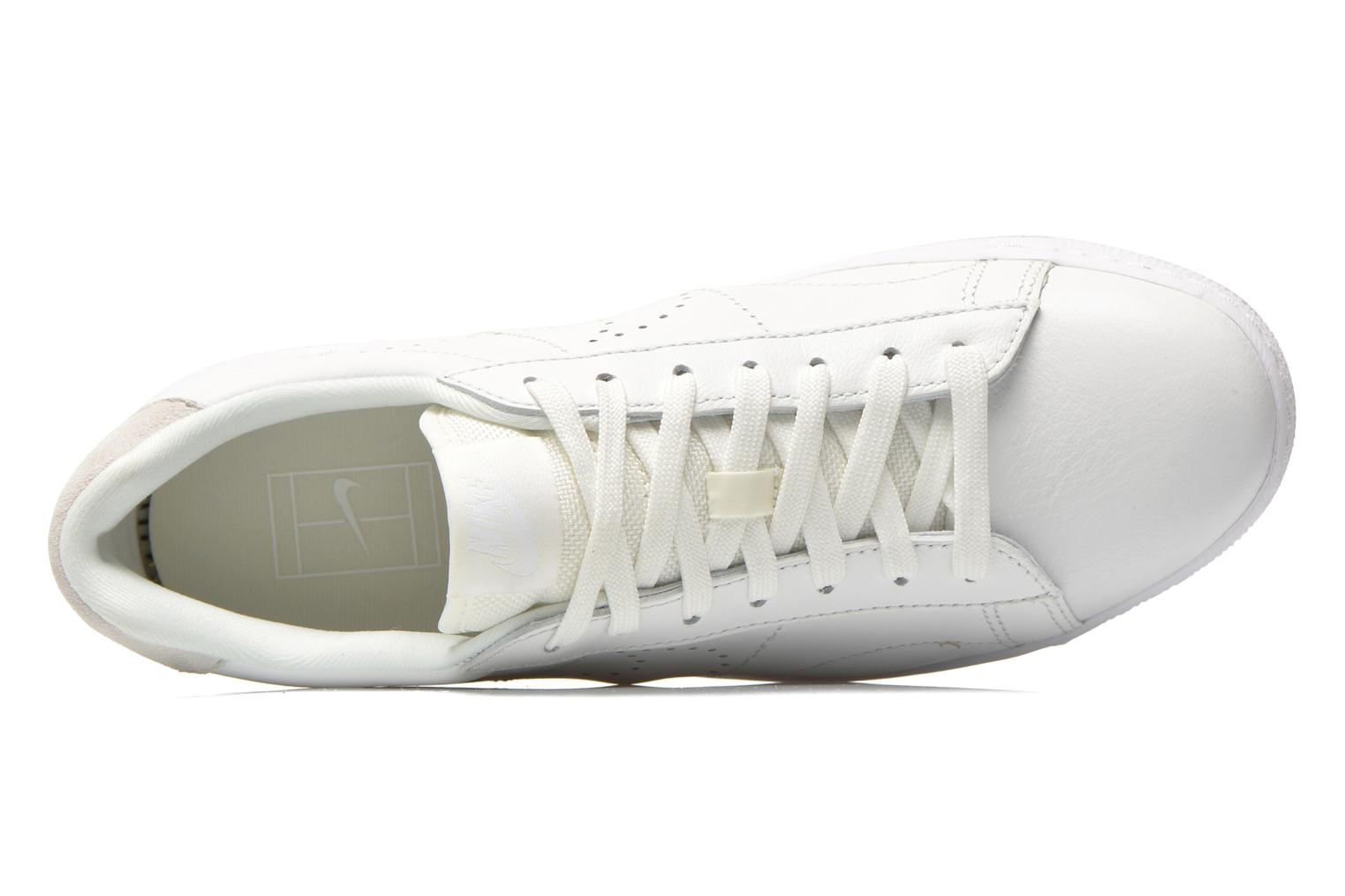 Trainers Nike Tennis Classic Ultra Lthr White view from the left