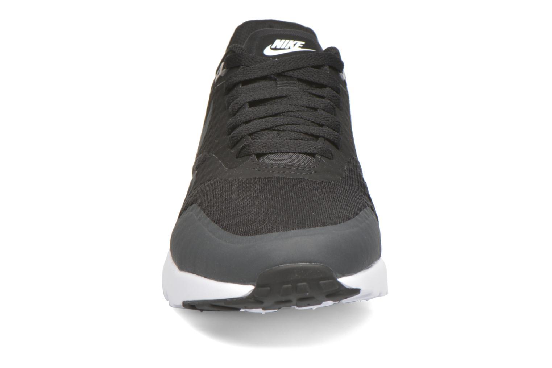 Sneaker Nike Nike Air Max 1 Ultra Essential schwarz schuhe getragen