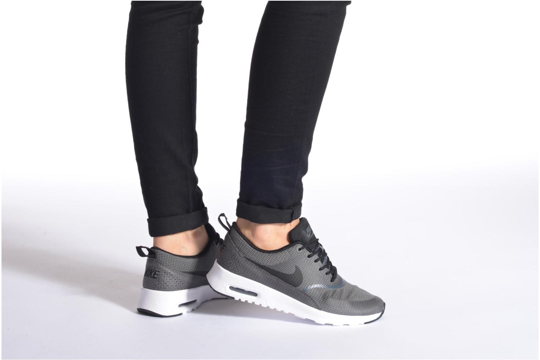 Baskets Nike W Nike Air Max Thea Txt Gris vue bas / vue portée sac