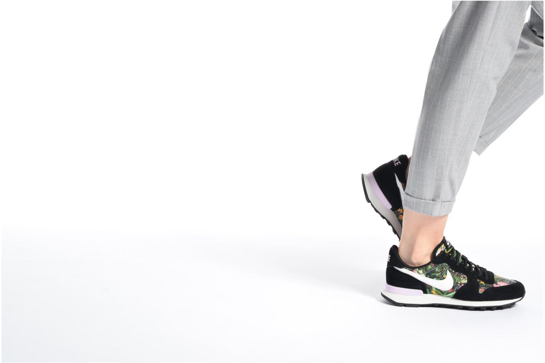 Baskets Nike W Internationalist Prm Gris vue bas / vue portée sac