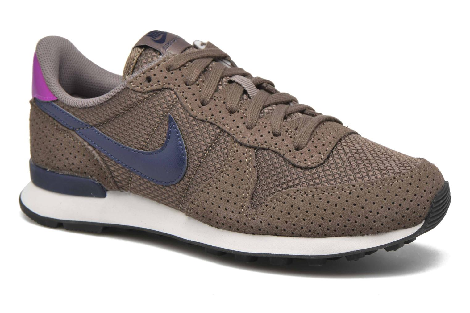 Trainers Nike W Internationalist Prm Brown detailed view/ Pair view