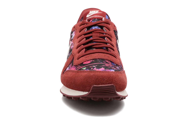 Trainers Nike W Internationalist Prm Burgundy model view