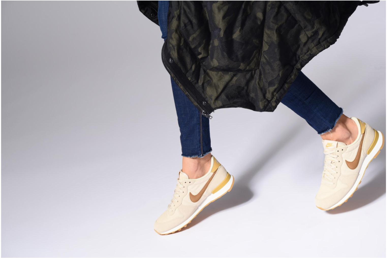 Sneakers Nike Wmns Internationalist Grå bild från under