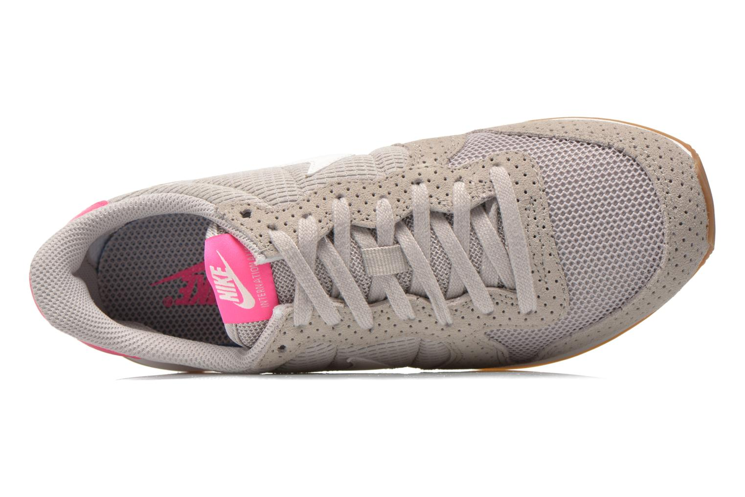 Baskets Nike Wmns Internationalist Gris vue gauche