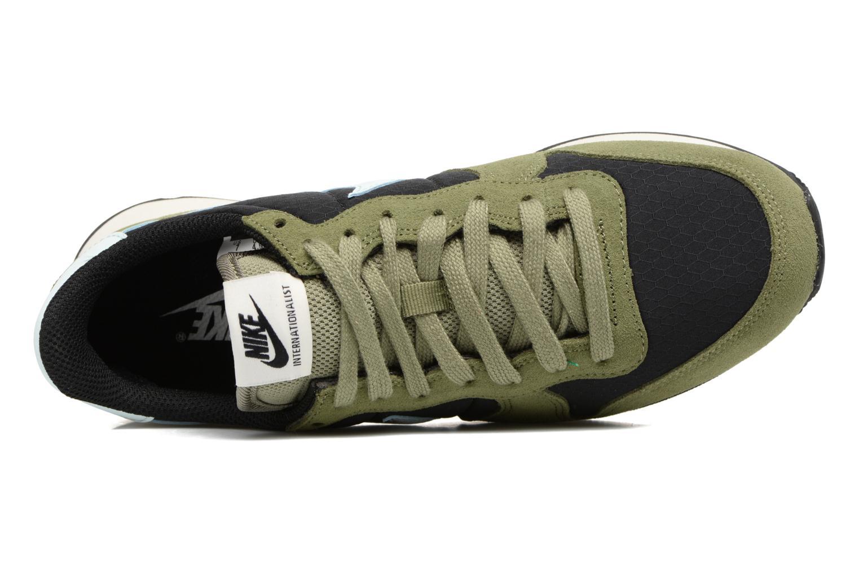 Baskets Nike Wmns Internationalist Vert vue gauche