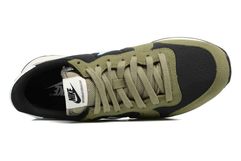 Sneakers Nike Wmns Internationalist Grön bild från vänster sidan