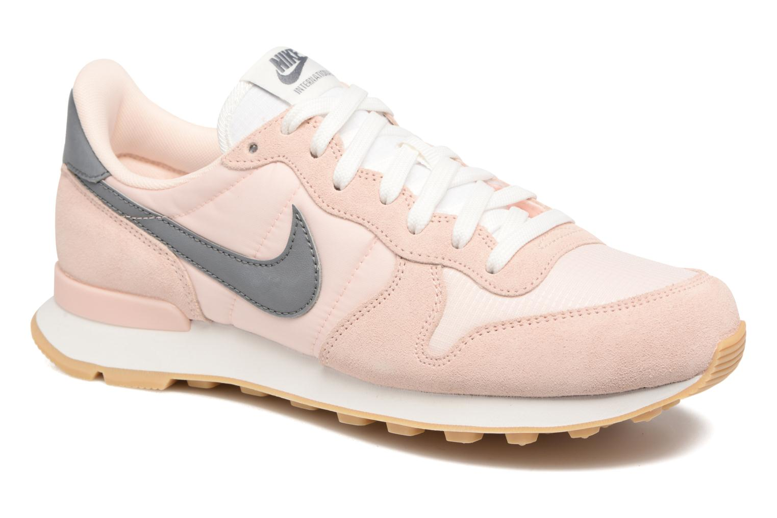 Trainers Nike Wmns Internationalist White detailed view/ Pair view