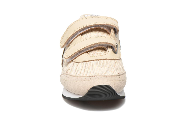 Sneaker Veja Arcade Small beige schuhe getragen
