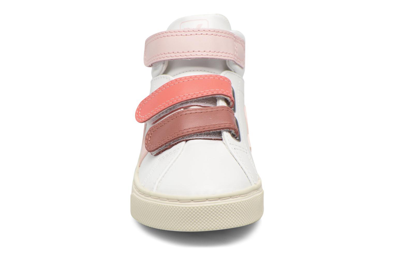 Sneaker Veja Esplar Mid Small Velcro weiß schuhe getragen