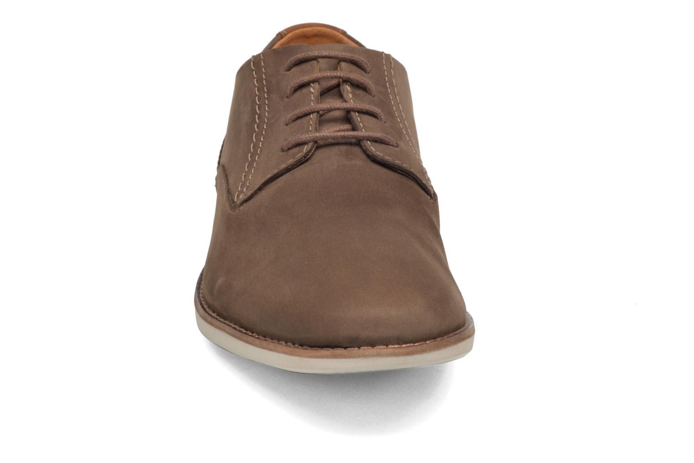 Lace-up shoes Clarks Franson Plain Brown model view
