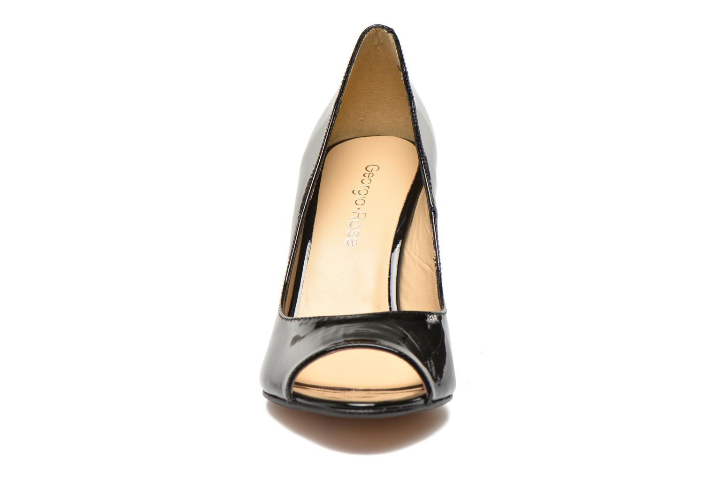 Zapatos de tacón Georgia Rose Saverto Negro vista del modelo