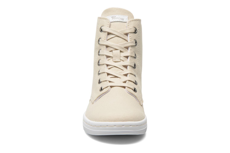 Sneaker Dr. Martens Ecletic Hackney 7 Eye Boot 3J03 beige schuhe getragen