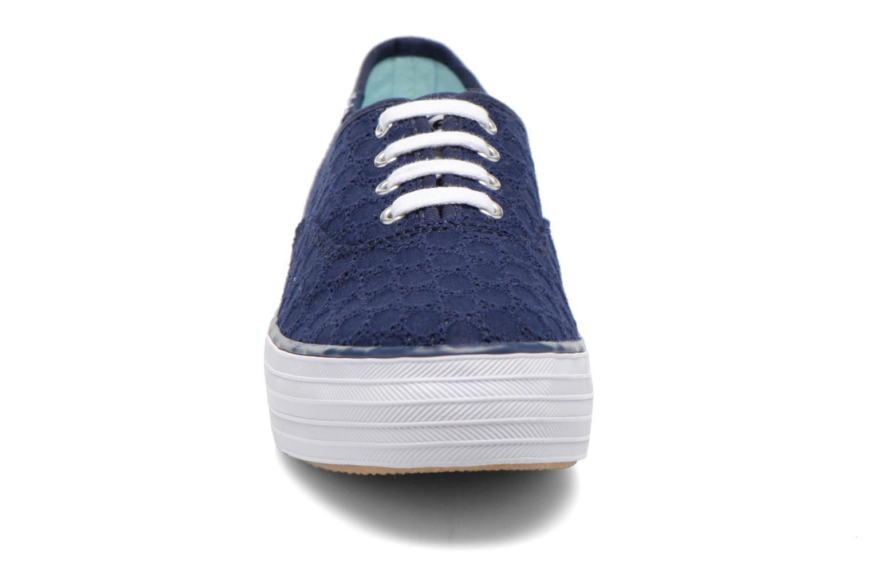 Baskets Keds Triple eyelet Bleu vue portées chaussures