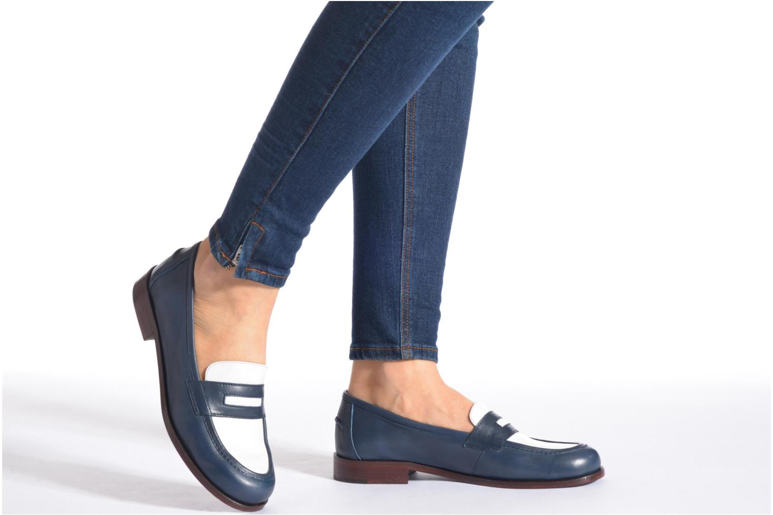 Loafers Avril Gau Farc Blue view from underneath / model view