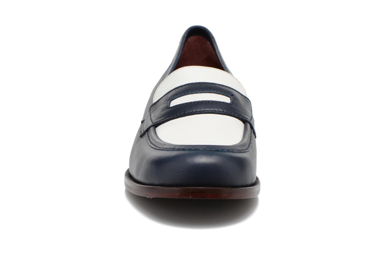 Mocassins Avril Gau Farc Bleu vue portées chaussures