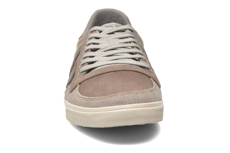 Sneaker Hummel Ten Star Oiled Lo grau schuhe getragen