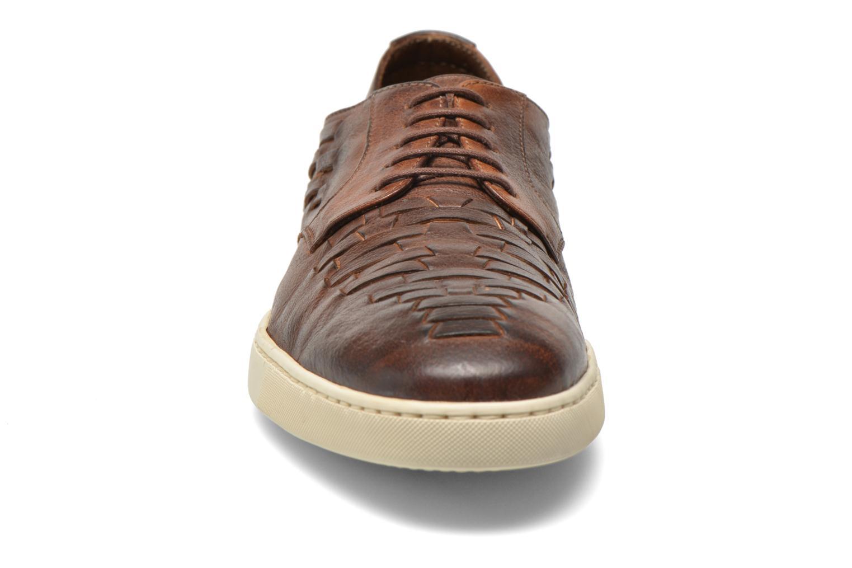 Zapatos con cordones n.d.c Bart Marrón vista del modelo