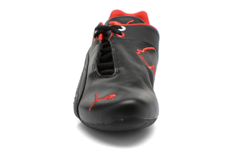 Sneakers Puma Future Cat Leather SF Nero modello indossato