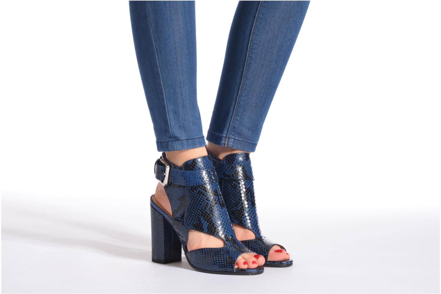 Sandals Rebecca Balducci Athena 2 Blue view from underneath / model view