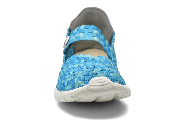 Baskets DUDE E-last Tessa Bleu vue portées chaussures