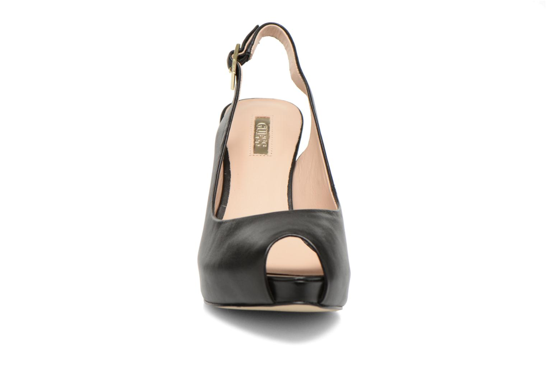 Sandales et nu-pieds Guess Kayna Noir vue portées chaussures