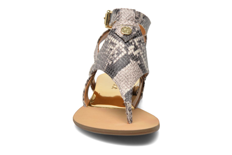 Sandalen Guess Lacie 2 mehrfarbig schuhe getragen