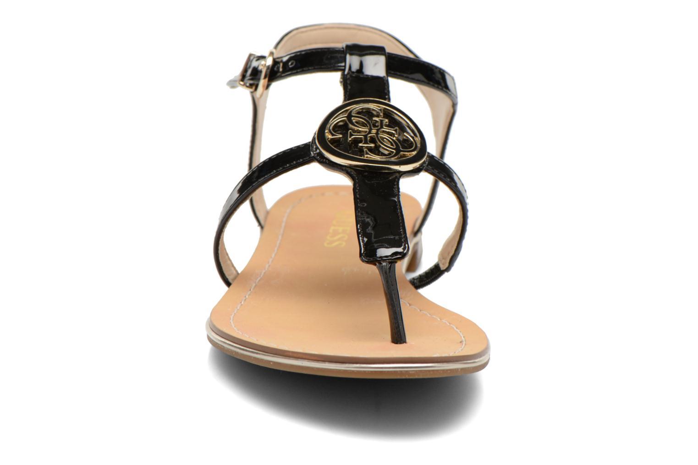 Sandalen Guess Roxxie schwarz schuhe getragen