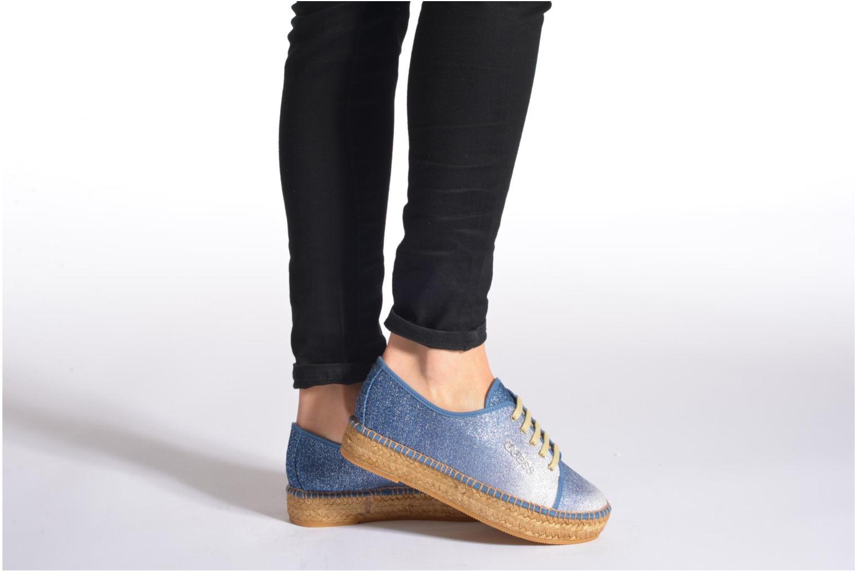 Sneakers Guess Renan Azzurro immagine dal basso