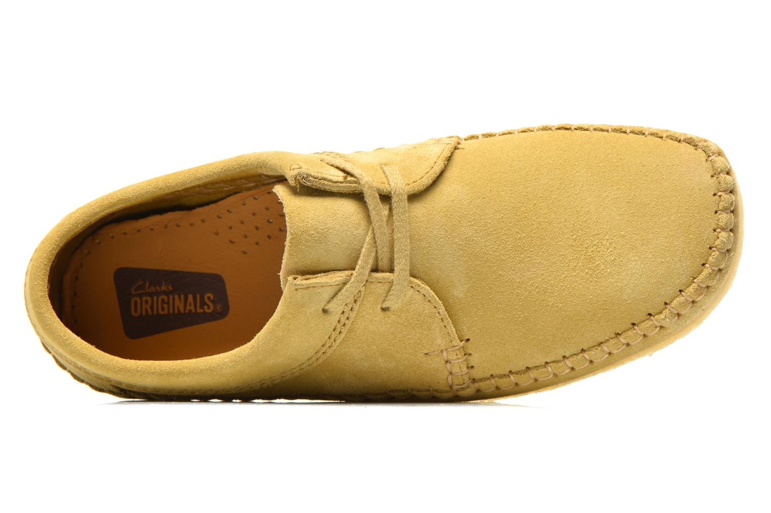 Lace-up shoes Clarks Originals Weaver M Beige view from the left