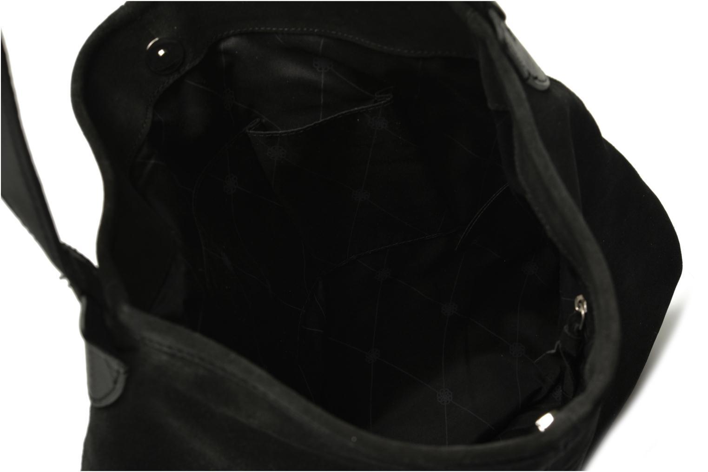 Sacs à main Pieces Tabatha suede Obo bag Noir vue derrière