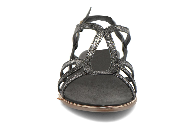Sandales et nu-pieds Karston Sofor Noir vue portées chaussures