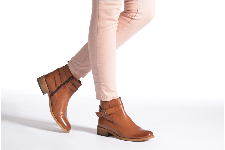 Bottines et boots Georgia Rose Colery Noir vue bas / vue portée sac
