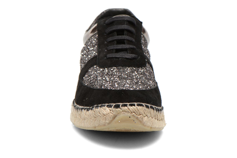Baskets Georgia Rose Irmett Noir vue portées chaussures