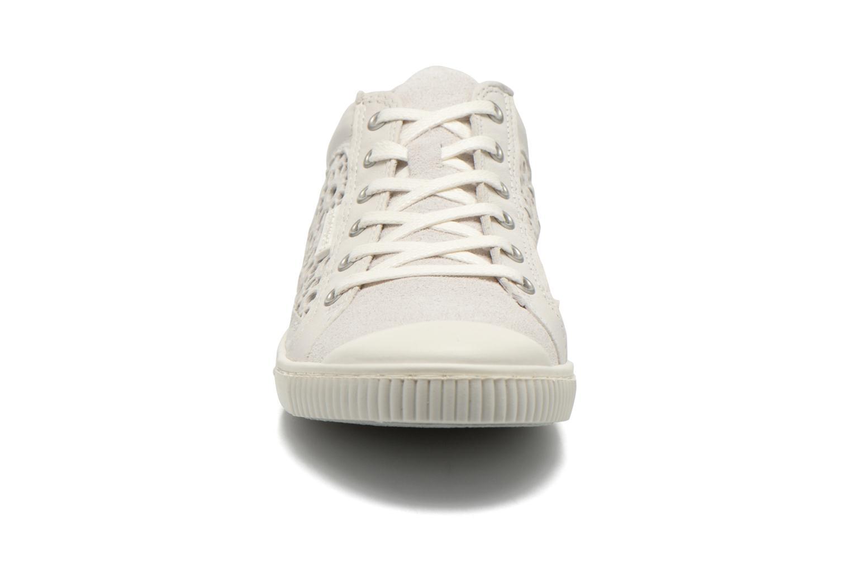 Baskets Pataugas Bague/A Blanc vue portées chaussures