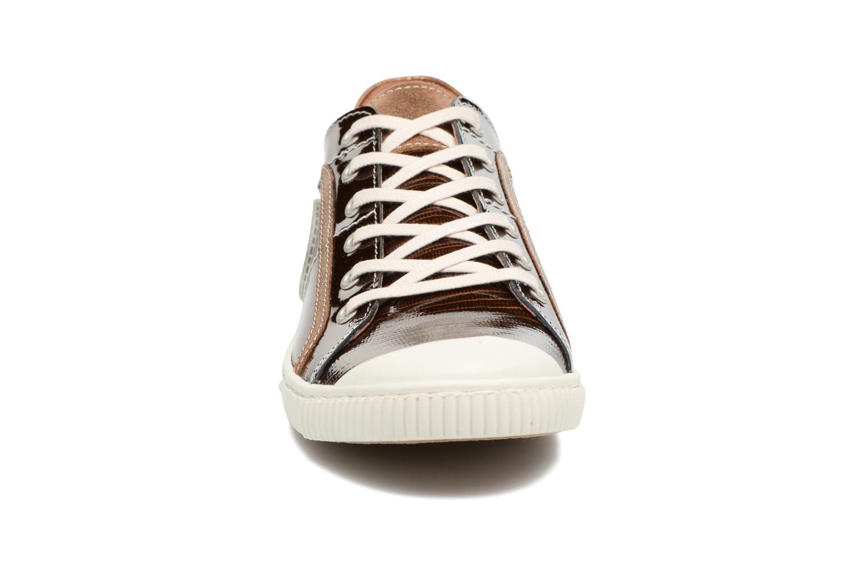 Baskets Pataugas Baheri/V Marron vue portées chaussures